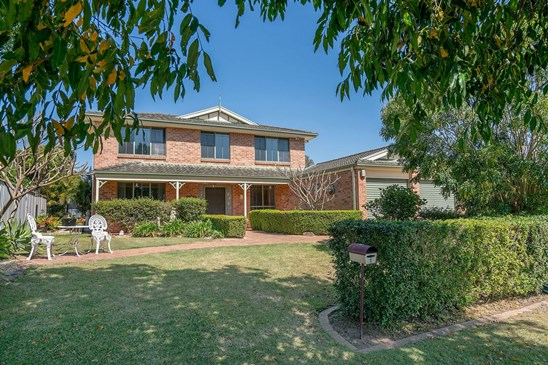 1 Somerset Drive, Thornton