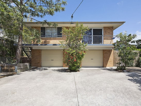 Offers Over $299,000