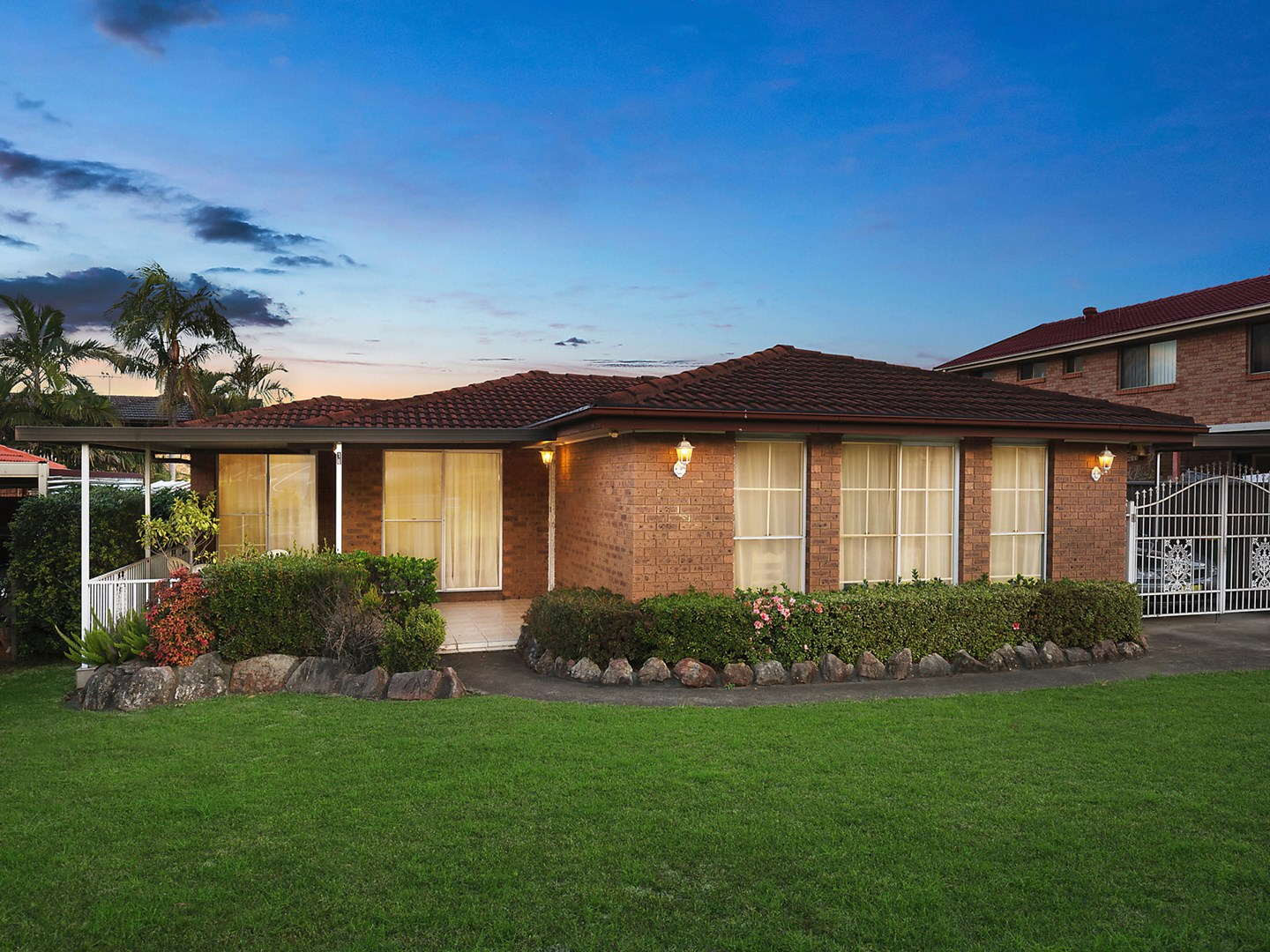 For Sale, price  guide $700,000  - $750,000