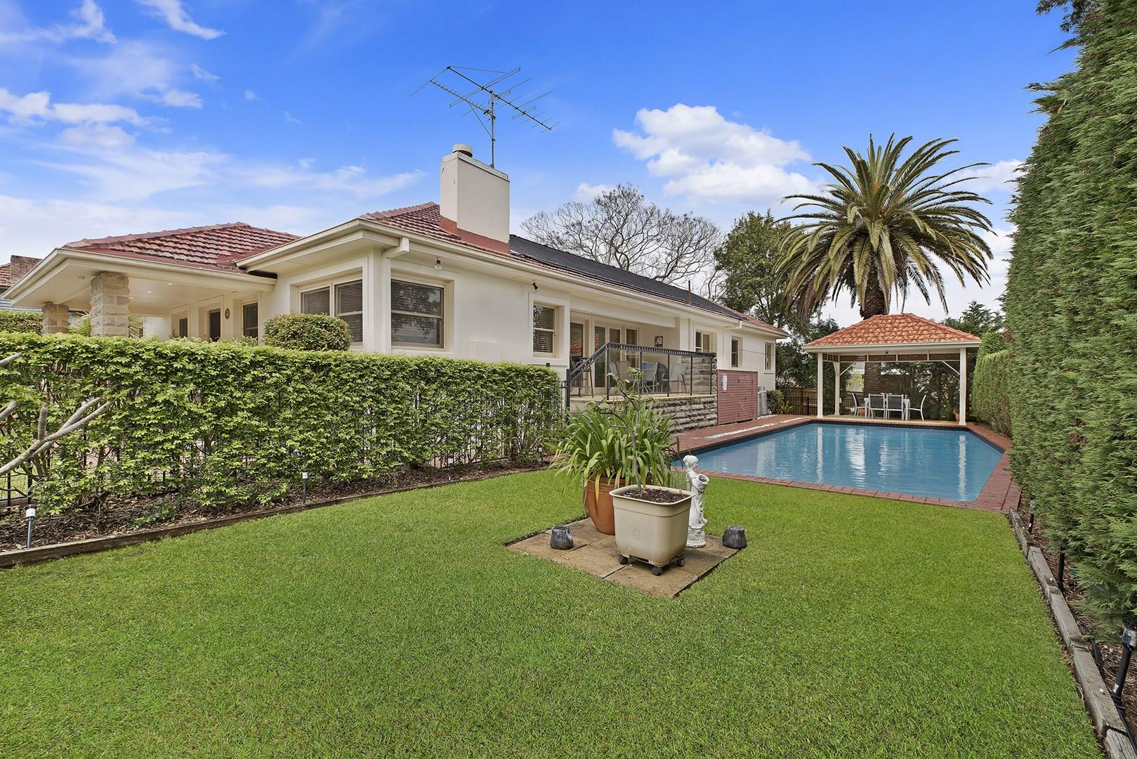 9 Harrison Street, Point Frederick NSW 2250, Image 0