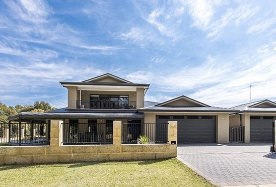 Offers over $465,000