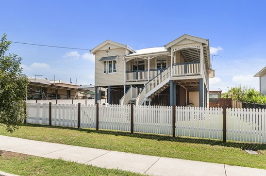 Now Listed @ $329,000