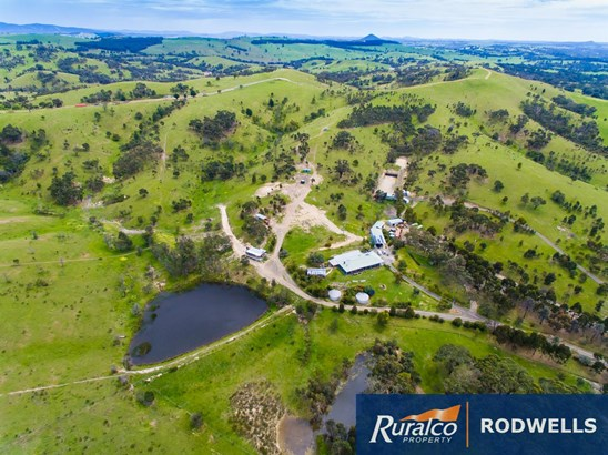 425 Saunders Road, Kilmore East