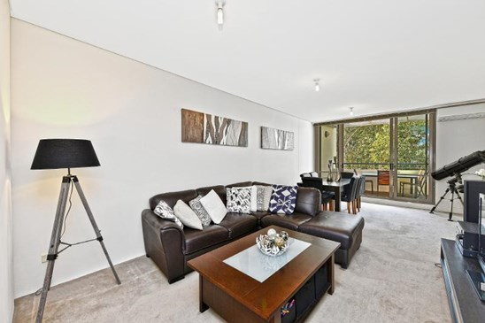 UNDER CONTRACT! (under offer)