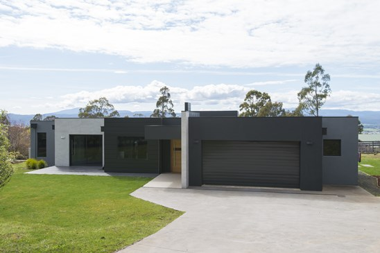 17A Stephensdale Drive, Riverside