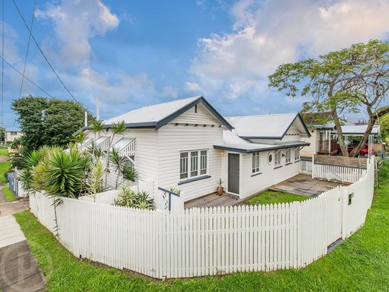 Buyers in the $600k's (under offer)