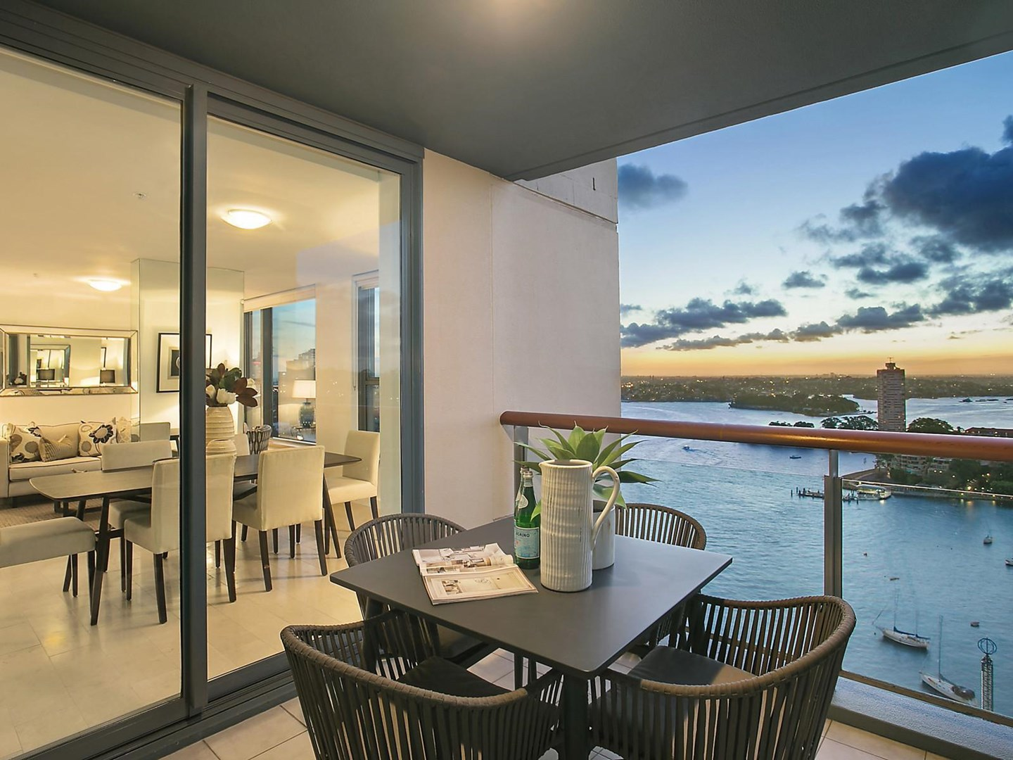 2 Dind Street, Milsons Point