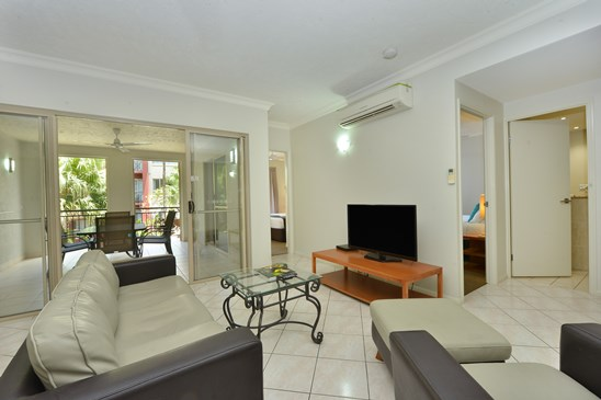 1513 2 Greenslopes Street, Cairns North