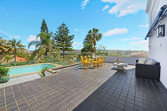 22 Loombah Rd(Must Enter 25 Macleay St, North Bondi), Dover Heights