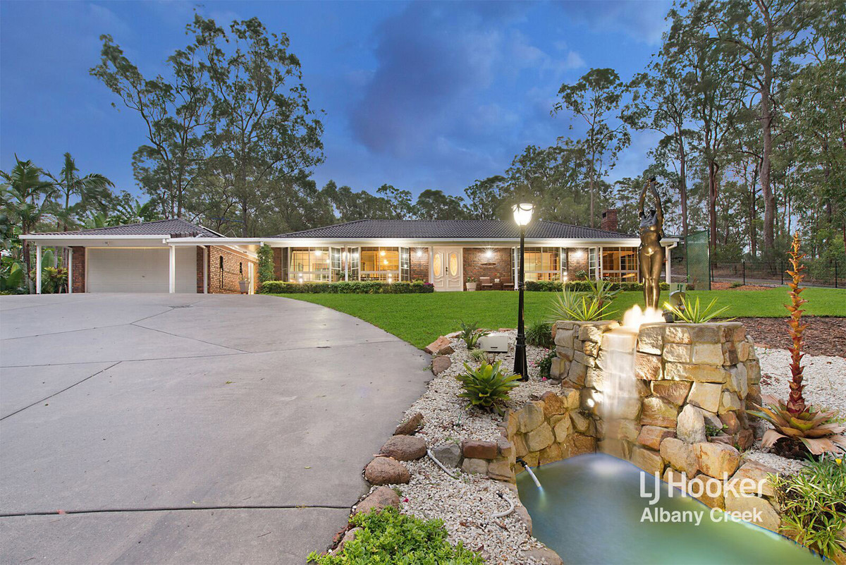 UNDER CONTRACT - CONTACT AGENT (under offer)