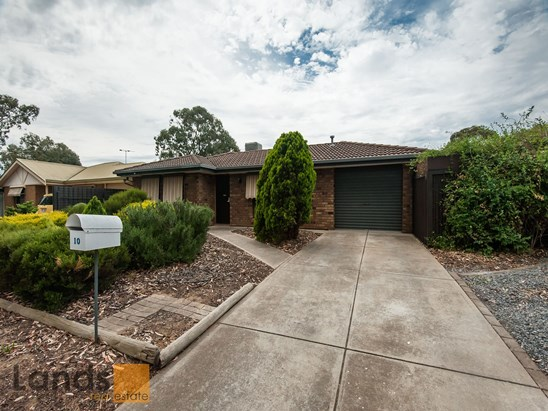 10 Marvin Way, Paralowie