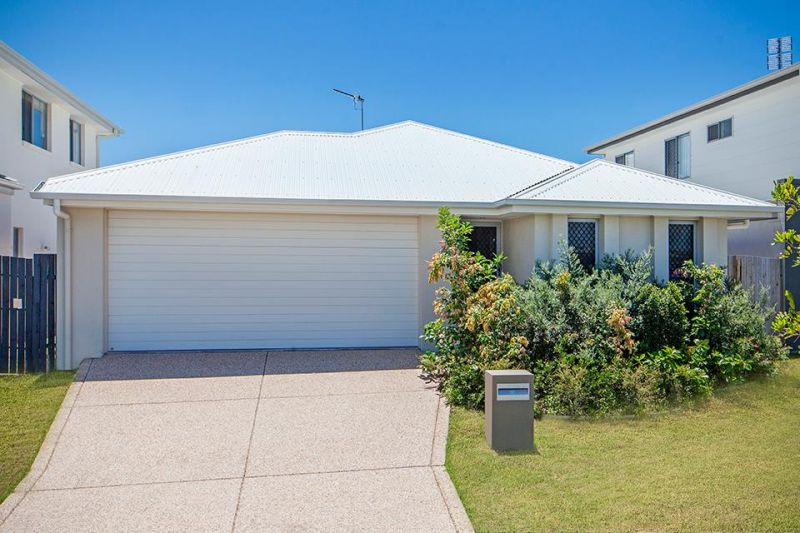 Offers over $555,000