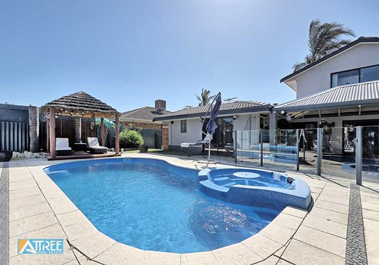 Buyers Over $495,000 (under offer)