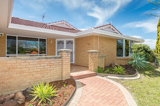 Mid to High 700s (under offer)