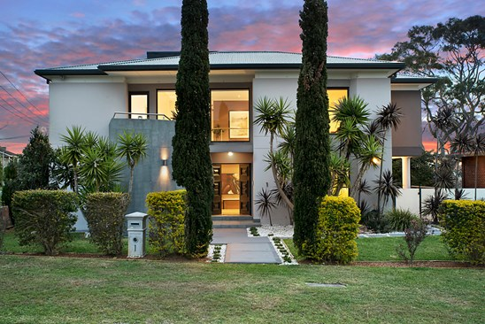Auction: Guide $3,350,000