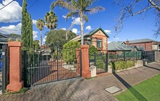 55 First Avenue, St Peters