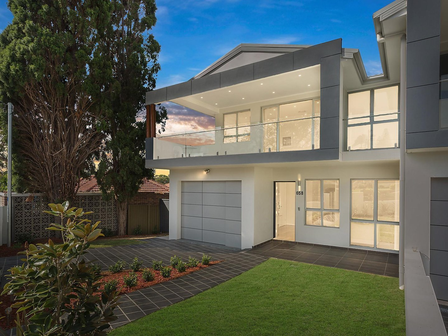 Auction, price  guide $1,300,000
