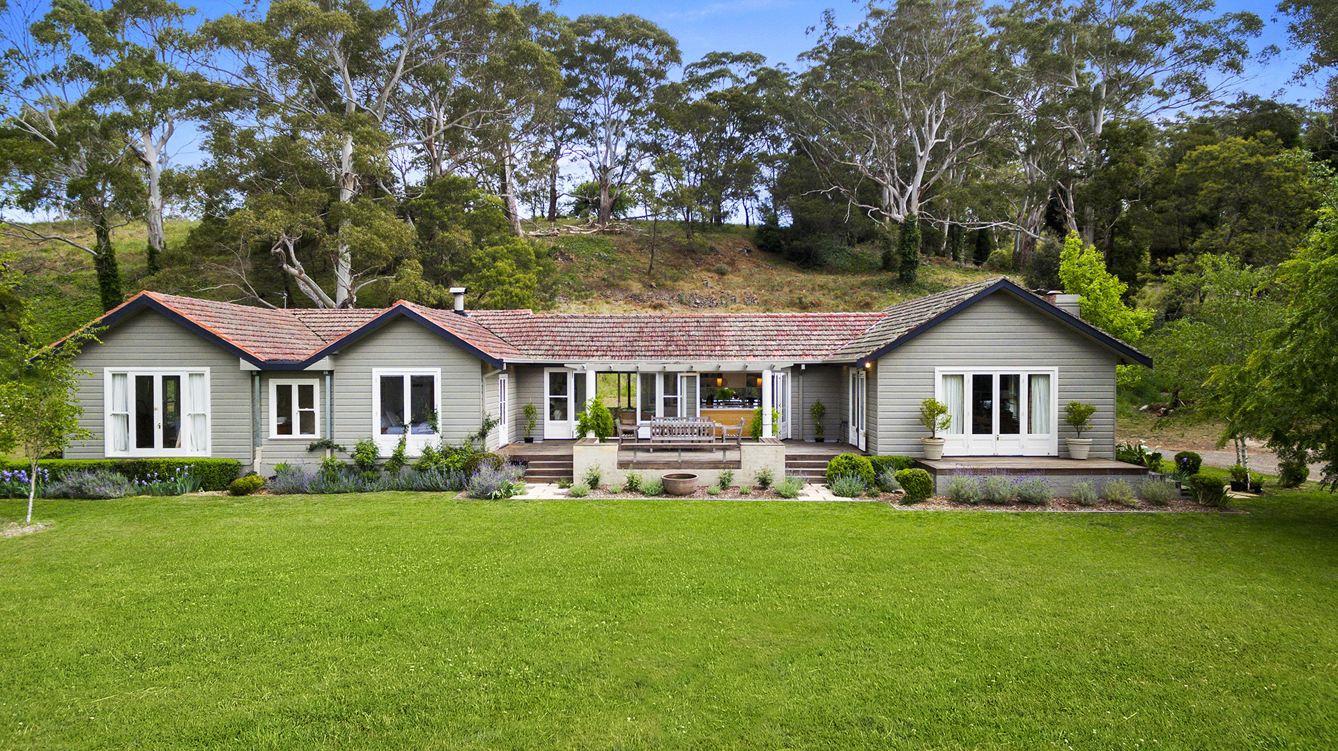 27 hopewood road bowral nsw 2576 house for sale for Rural home designs nsw