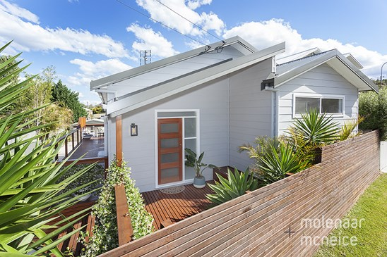 423 Lawrence Hargrave Drive, Thirroul