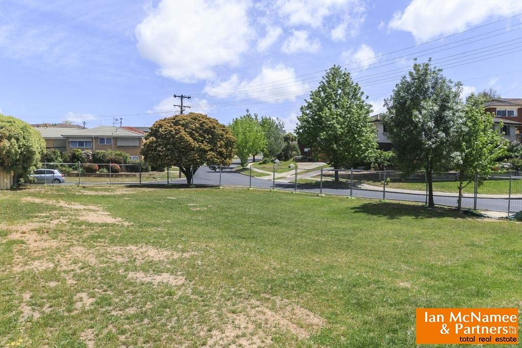 15 Cassinia Street, Crestwood NSW 2620, Image 0