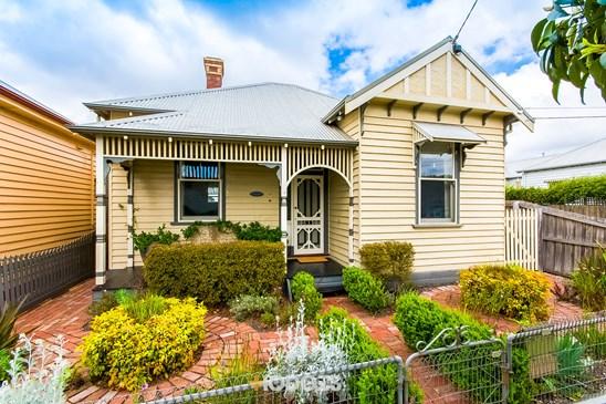 17 Waratah Street, Geelong West
