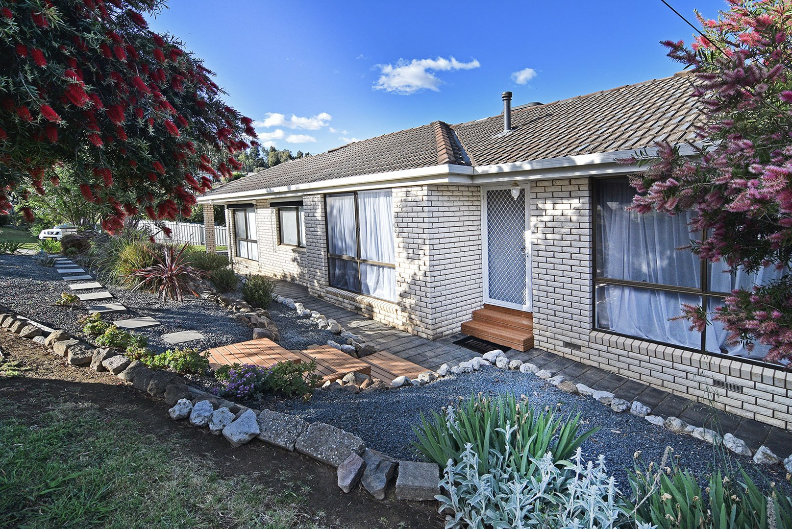 2 Karl Court, Lavington NSW 2641, Image 0
