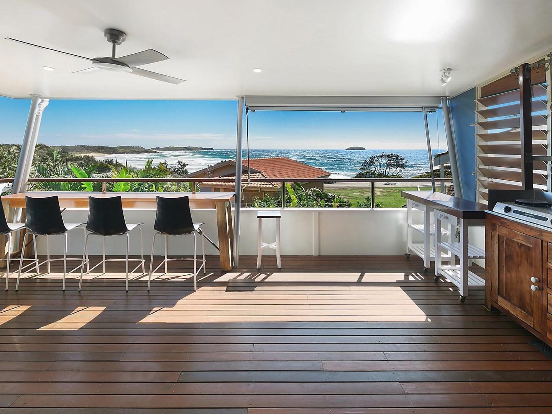 3/37 Ocean View Crescent, Emerald Beach NSW 2456, Image 0