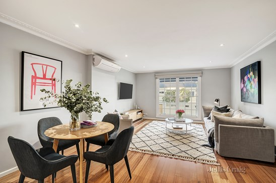 2/884 Riversdale Road, Camberwell