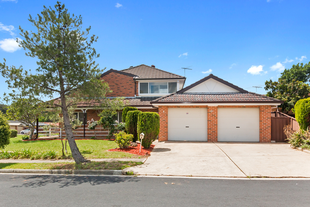 1 Tolley Place, Edensor Park NSW 2176, Image 0