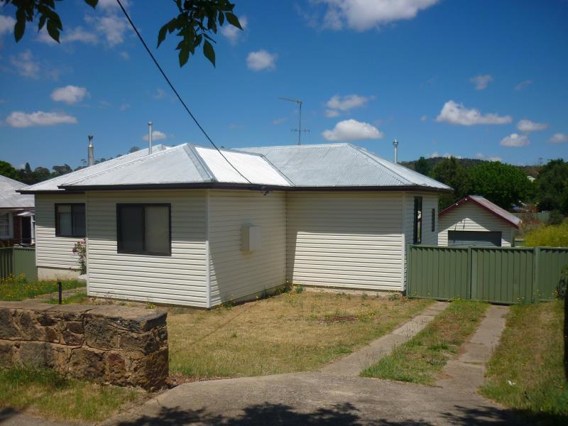 39 Creek Street, Cooma NSW 2630, Image 0