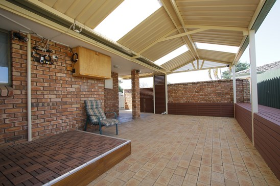 36 Dealy Close, Cannington