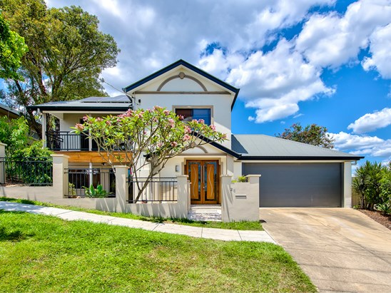 Offers Over $799,000