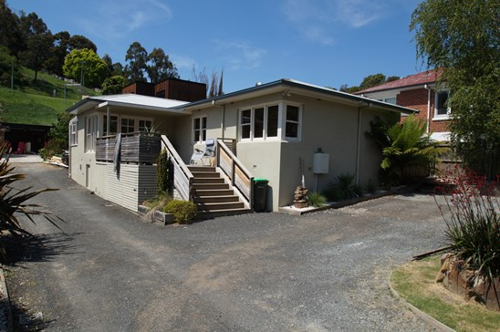 Offers over $315,000