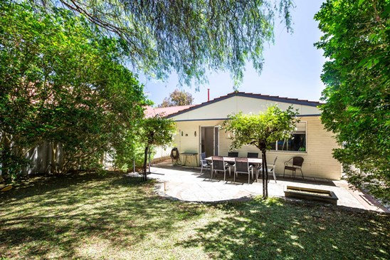 Offers $700,000's (under offer)