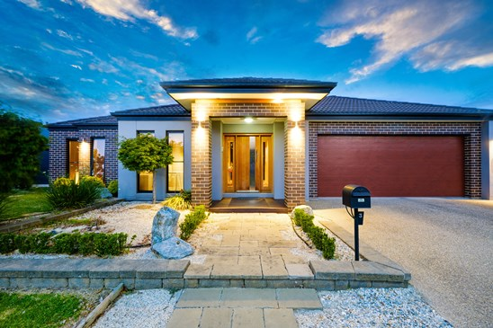 3 Benyon Mews, East Albury