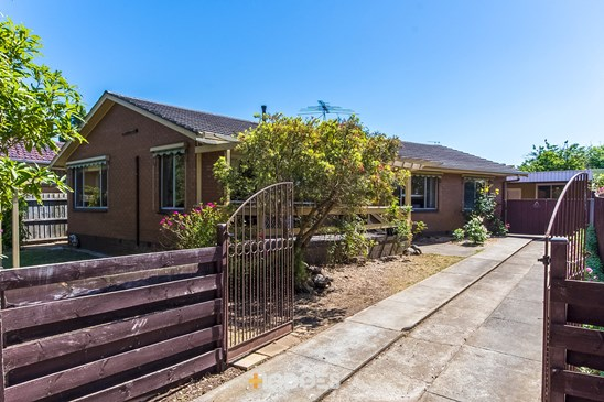 42 Beauford Avenue, Bell Post Hill