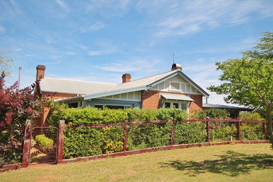 19 Taylor Road, Young
