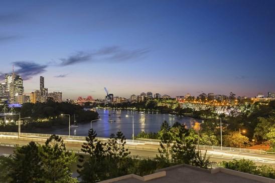 50 Lower River Terrace, South Brisbane