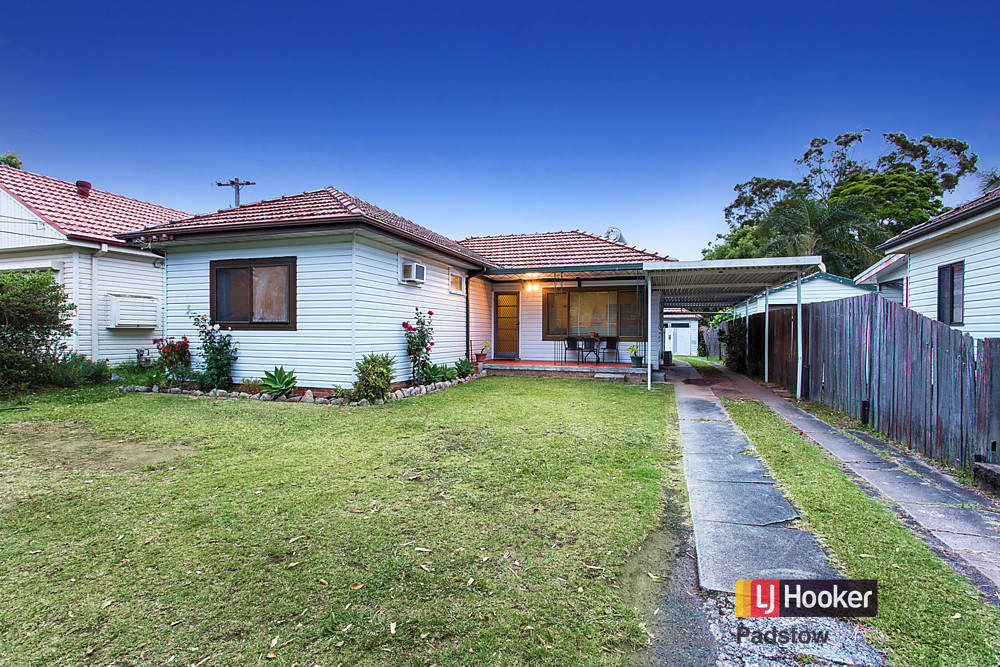 74 Doyle Road, Revesby NSW 2212, Image 0