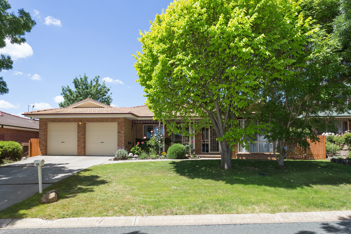 22 Dandenong Court, Palmerston ACT 2913, Image 0