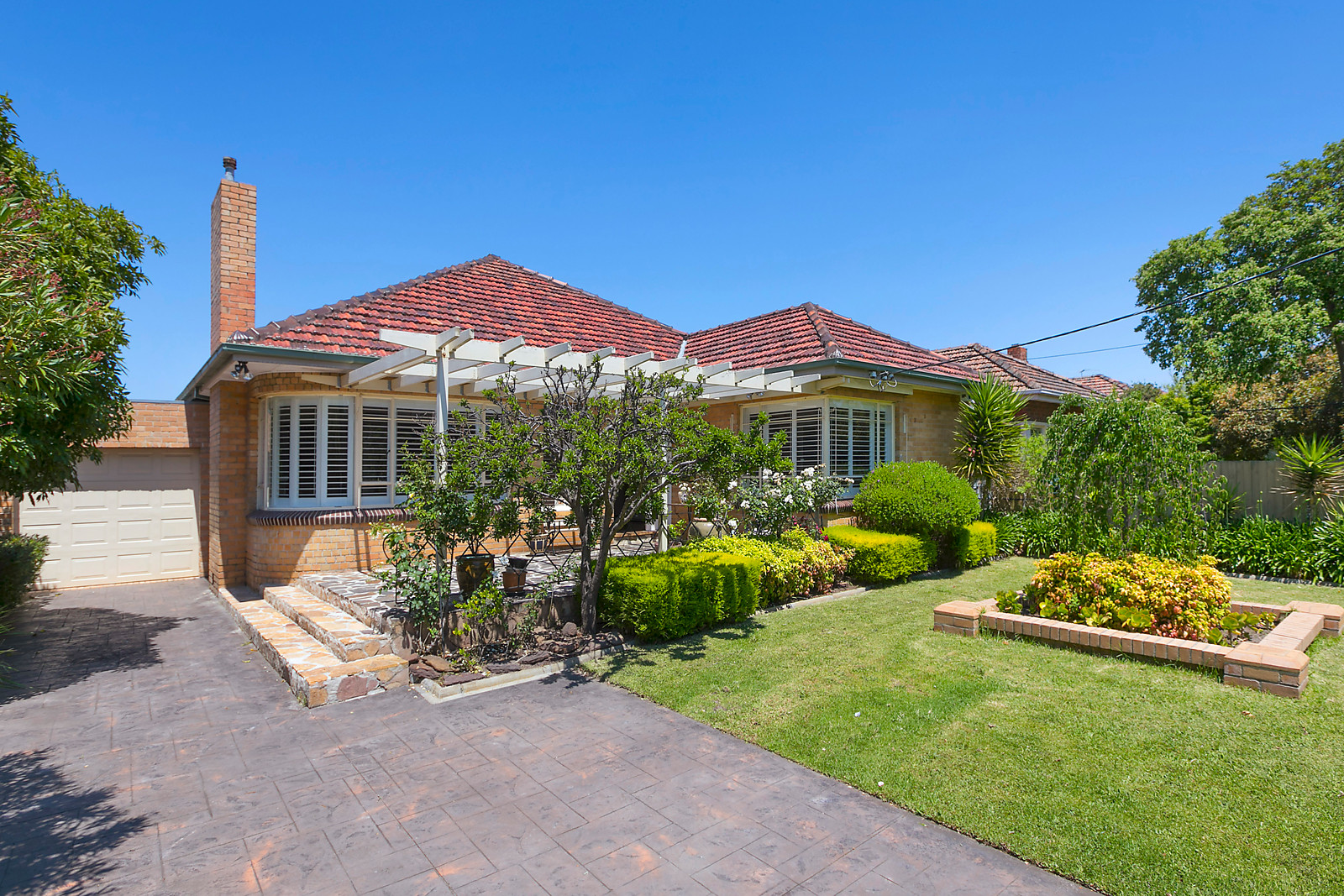 8 Wallace Avenue, Murrumbeena VIC 3163, Image 0