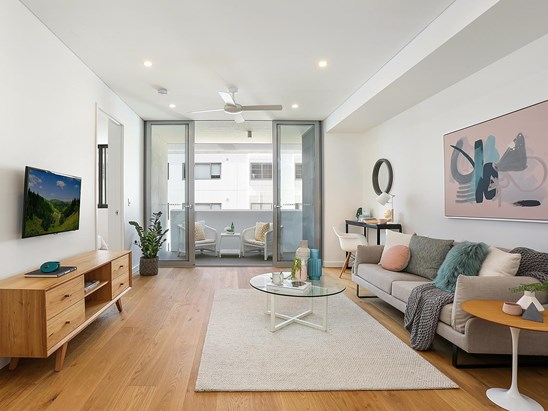 807 New Canterbury Road, Dulwich Hill