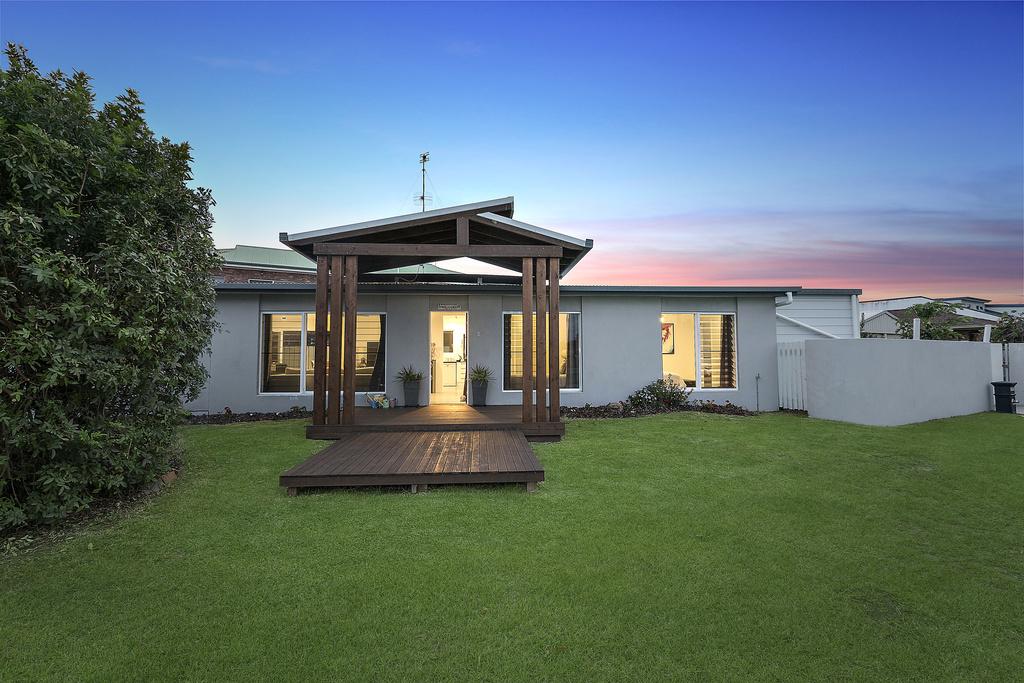 216 Bayview Street, Runaway Bay QLD 4216, Image 0