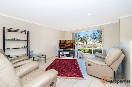 203 Anthony Rolfe Avenue, Gungahlin