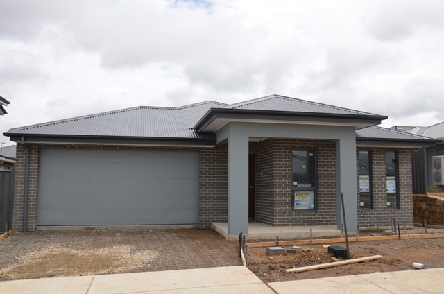 19 Toppano Street, Moncrieff ACT 2914, Image 0