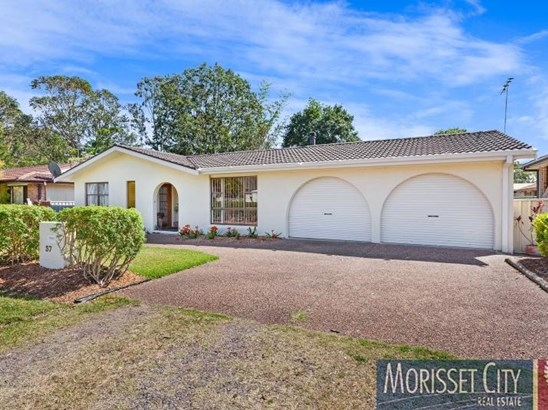 37 St Clair Street, Bonnells Bay