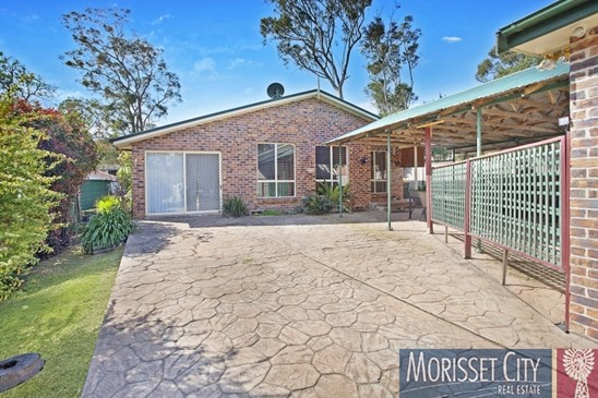 11 Churchill Crescent, Windermere Park