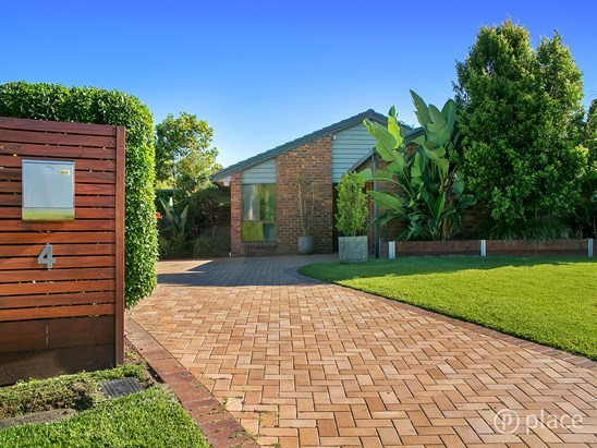 4 Codford Place, Chapel Hill