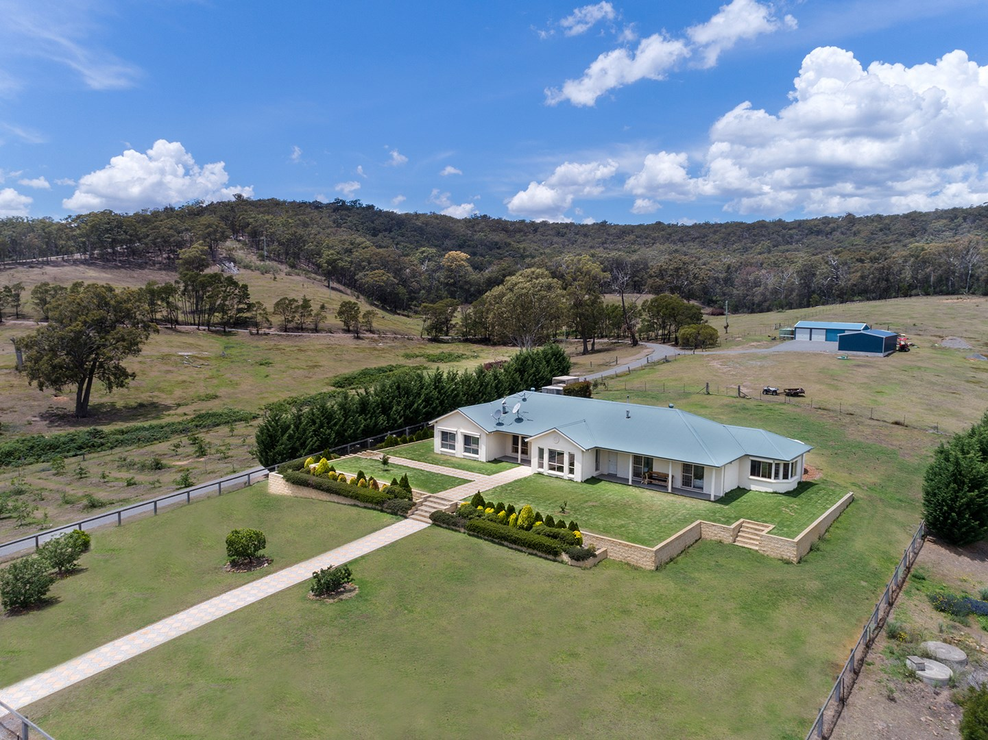 261 Old Coowong Road, Canyonleigh NSW 2577, Image 0