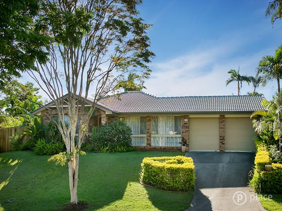 2 Hobson Court, Chapel Hill